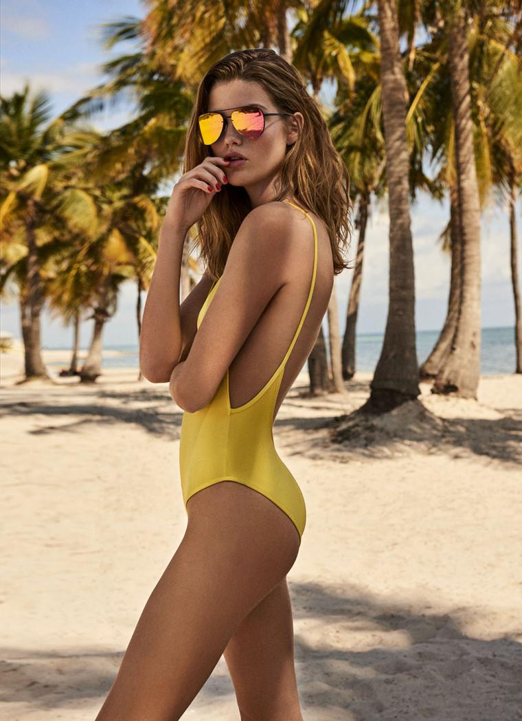 Bikini thần thánh