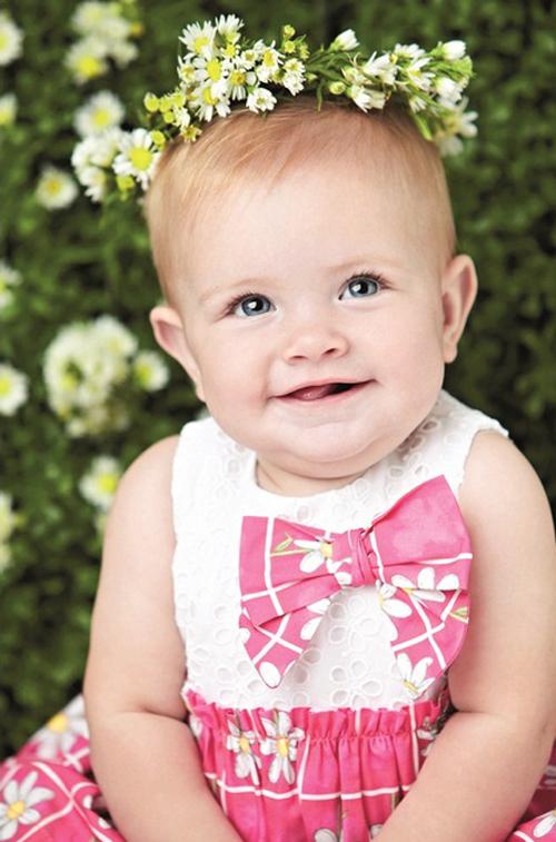 Trang phục nơ cho bé gái