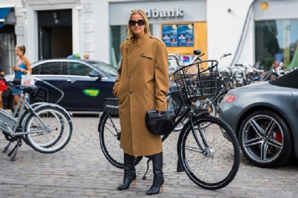 Áo khoác trench-coat chủ điểm thời trang sẽ lên ngôi năm 2018