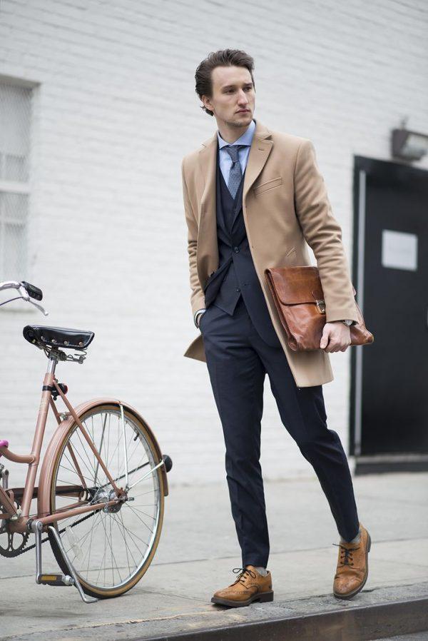 Cách phối màu quần áo nam với gam màu trung tính