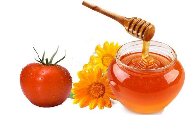 Mặt nạ cà chua với mật ong và chanh