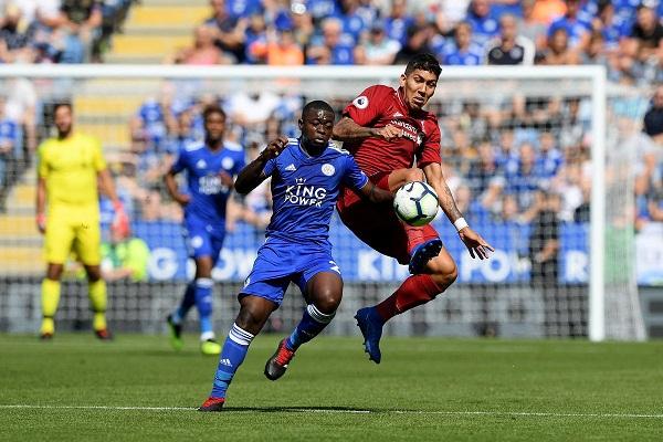 Walker nhạo báng trận hòa của Liverpool với Leicester