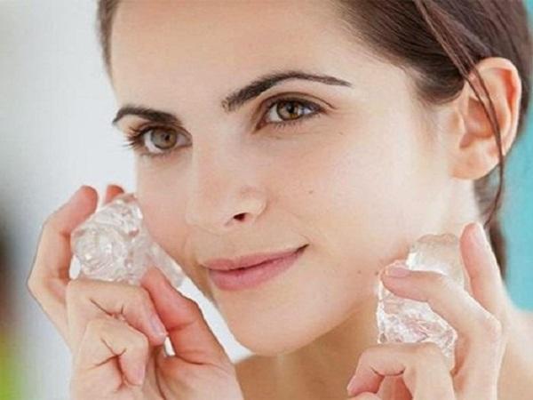 Cách chữa bọng mắt hiệu quả bằng đá lạnh