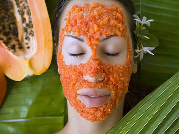 Cách làm mịn da mặt với đu đủ