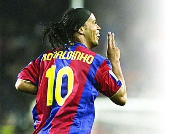 Tin bóng đá sáng 21/7: MU từng bạo chi để sở hữu Ronaldinho
