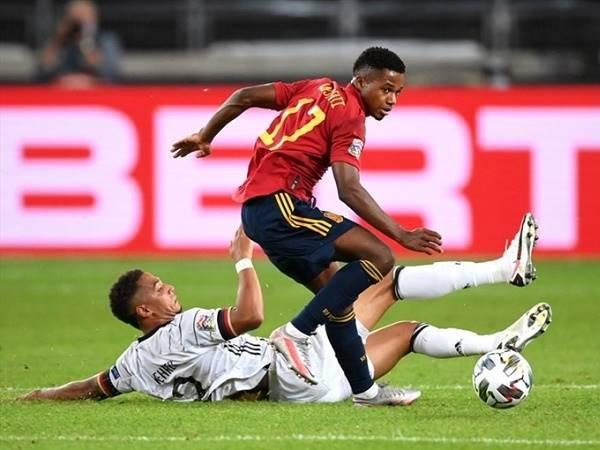 Tin bóng đá sáng 7/9: Thần đồng Barca đi vào lịch sử ĐT Tây Ban Nha