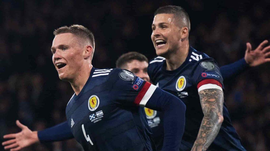 KQBD Scotland 3-2 Israel: Phút bù giờ ấn định chiến thắng